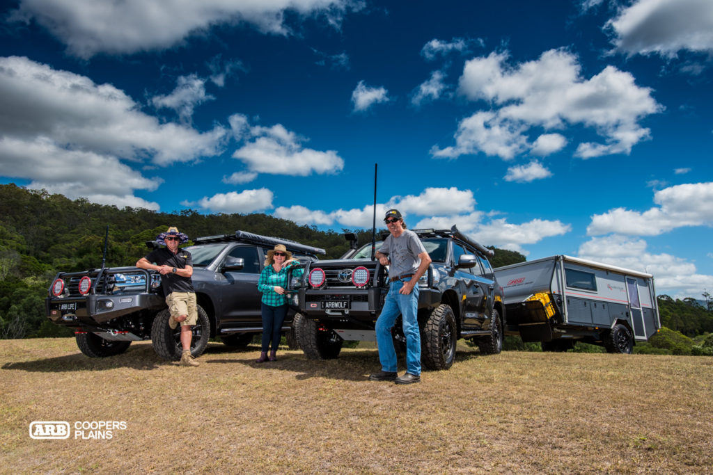Twins. Mr Grey and Mark Lacey from ARB Coopers Plains soaking up the sun with the Bennett's new arrival, the Grey Wolf 200 Series Landcruiser